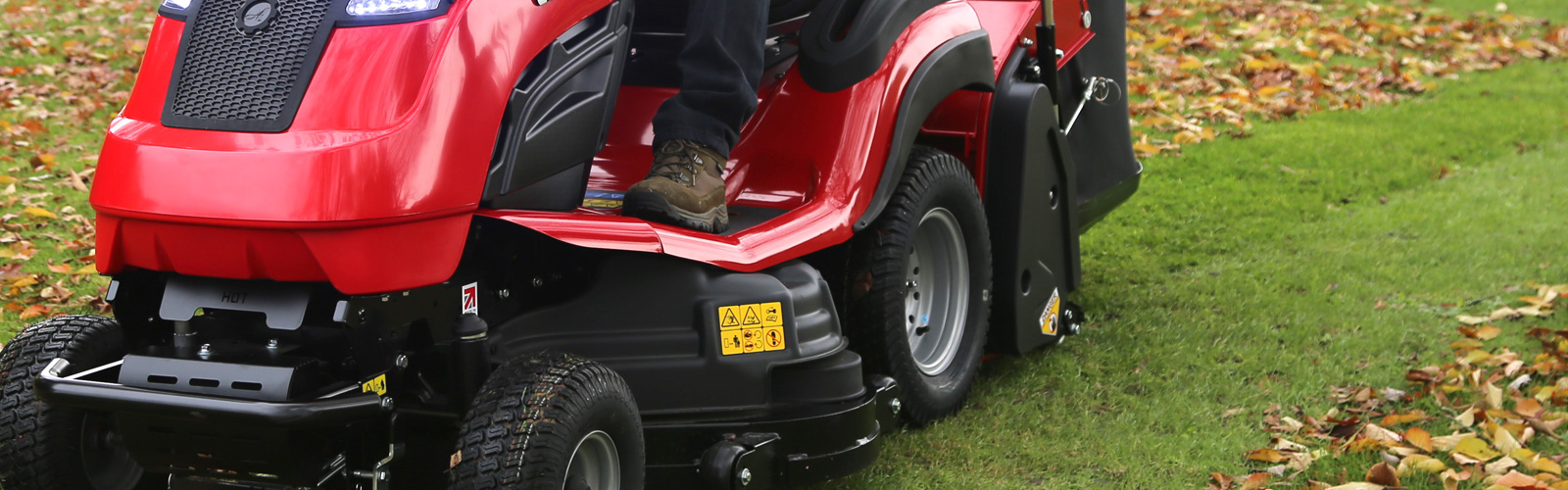 Countax garden tractor using power take-off to collect leaves