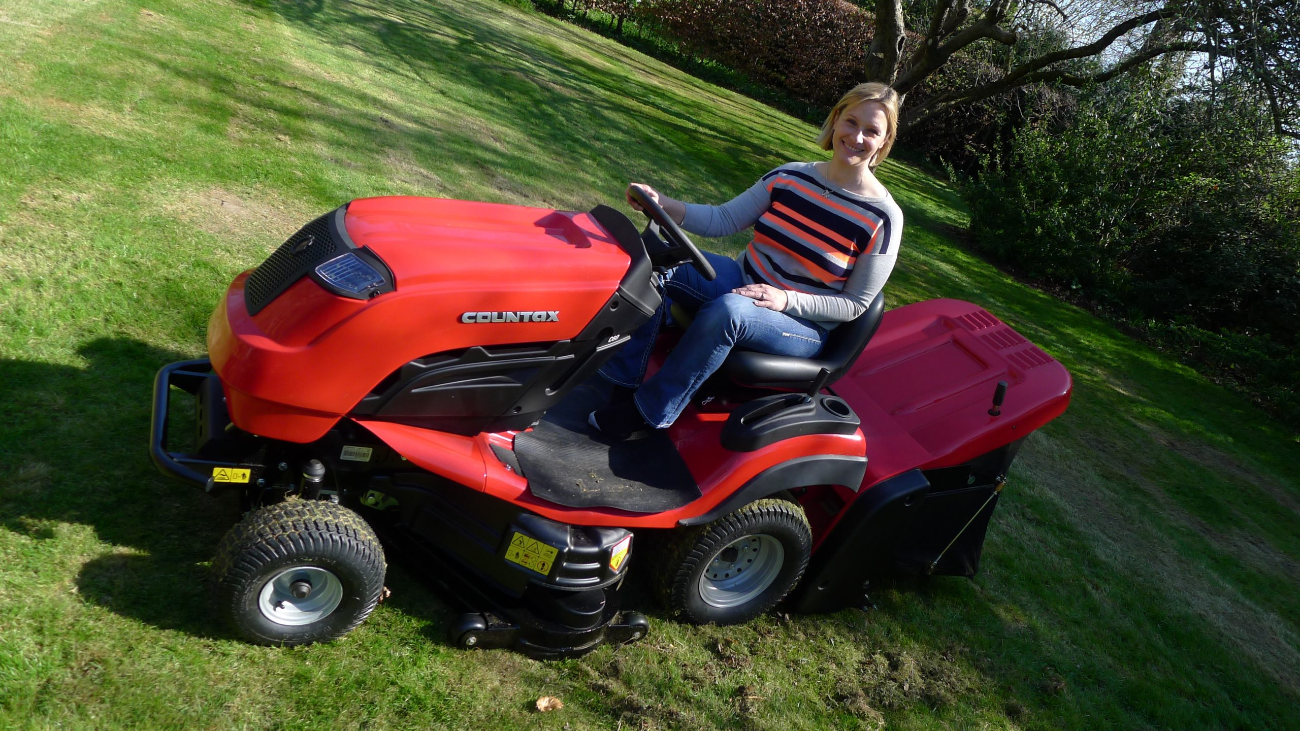 Countax lawn garden tractor riding mower